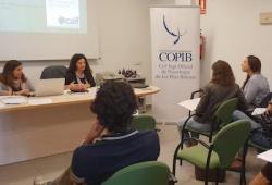 Els professionals de la psicologia d'Eivissa i Formentera es formen per a millorar la intervenció en processos d'alta conflictivitat familiar