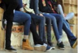 Com reconèixer la violència de gènere en l'adolescència i  com intervenir: una qüestió de tots i de totes
