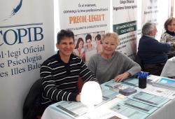 Els serveis i la campanya de precol·legiació del COPIB acaparen l'interès dels participants del  XII Fòrum de l'Ocupació de la UIB