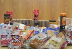 El COPIB lliura  els aliments recollits en la tercera campanya solidària a benefici de l'Associació Tardor